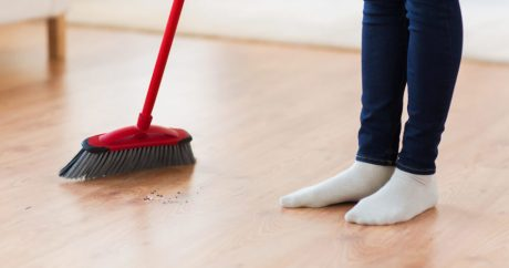 Benefits-Of-Sweeping-The-Floor-950x500